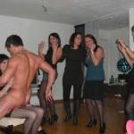 Striptease à domicile Strasbourg Bryan